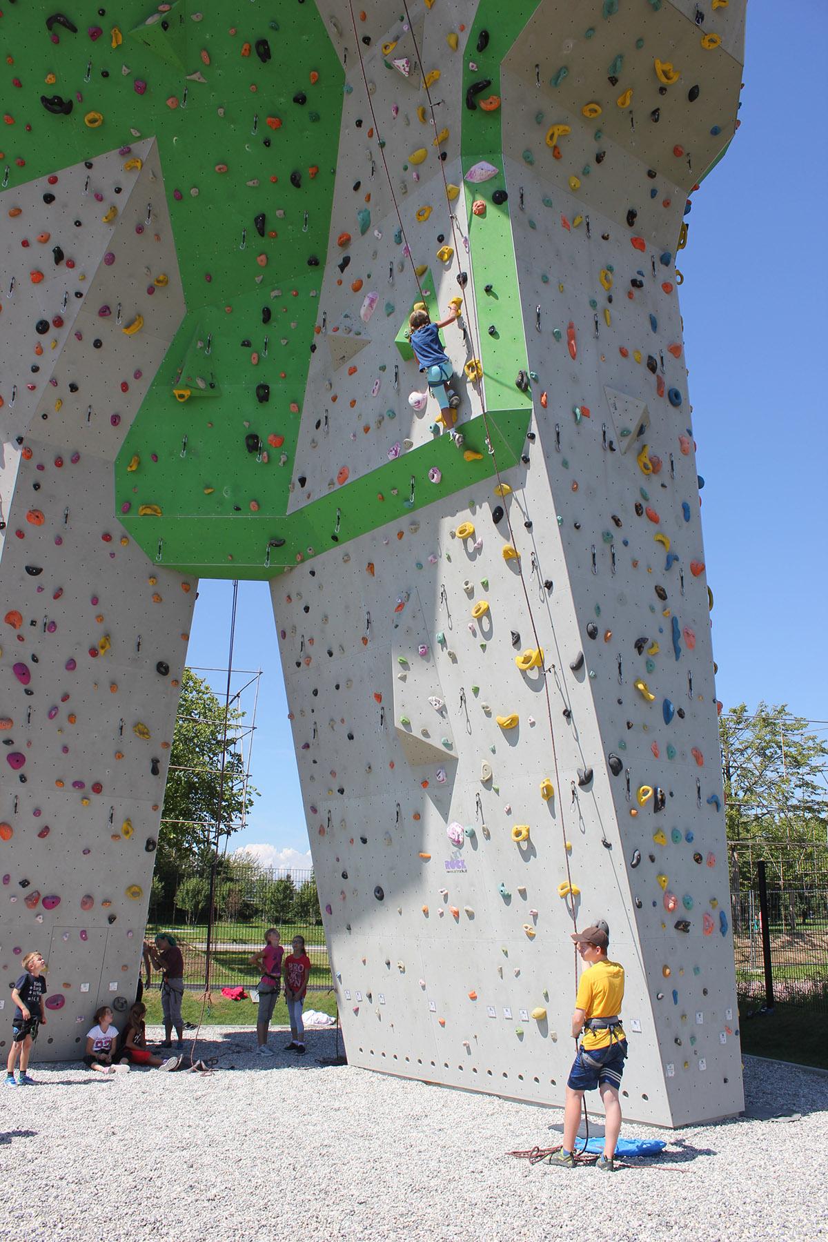 09 Klettern am Überhang